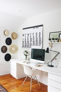 A minimalist modern home office design can have a huge impact on your productivity and efficiency. Here are our top tips for creating the best work from home environment. Bureau Design, Minimalist Desk, Mid Century Desk, Modern Office Design, Workplace Design, Office Designs, Home Office Decor, Home Decor, Office Ideas