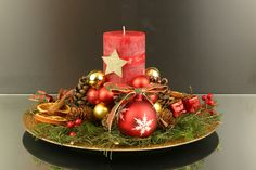 Pin, Montage, Table Decorations, Christmas, Furniture, Home Decor, Center Table, Natal, Homemade Home Decor