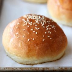 How to Make Burger Buns in your own kitchen that are one thousand times better than anything store-bought. These are the BEST. So light fluffy yet rich.