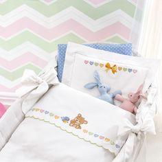cotone disegnato e schema per il lenzuolino con orsetto