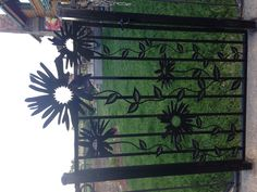 Happy Home Welcoming from a Daisy Gate ;)