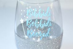 Funny Disney Stuff Cinderella Ideas For 2019 Wine Glass Sayings, Wine Glass Crafts, Stemless Wine Glasses, Painted Wine Glasses, Tea Glasses, Wine Tumblers, Shot Glasses, Wine Bottles, Disney Wine Glasses