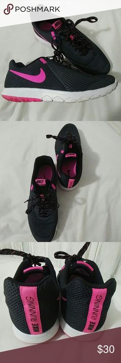 Nike Running Sneakers Nike Running Sneakers, Size 10, worn a few times. Excellent Condition Nike Shoes Sneakers