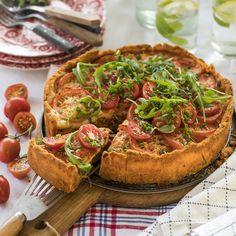Krämig tomat- och färspaj utan ägg Bruschetta, Avocado Toast, Camembert Cheese, Gluten, Baking, Breakfast, Ethnic Recipes, Food, Morning Coffee