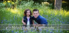 Sibling love :) #melodybedfordphotography #bluebonnets