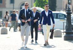 Почему мужчины носят короткие брюки