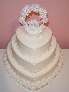 Heart Themed Wedding Ideas - Pearl Heart Wedding Cake