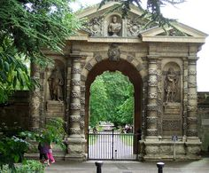 Botanic Garden, Oxford by Sheepdog Rex, via Flickr