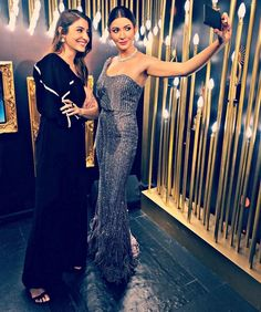 Anushka Sharma Takes A Selfie With Anushka Sharma Least Statue At Madame Tussauds Getting A Wax Statue At Madame Tussauds Is One Of The Rites Of Passage