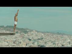 Nuevo anuncio de Apple a ritmo de pasodoble en una piscina de Barcelona - http://www.actualidadiphone.com/nuevo-anuncio-de-apple-a-ritmo-de-pasodoble-en-una-piscina-de-barcelona/