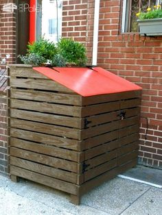 Summer 2017: Fun Outdoor DIY Home Projects with Pallets Lounges & Garden SetsPallet Planters & Compost BinsPallet Sheds, Pallet Cabins, Pallet Huts & Pallet PlayhousesPallet Terraces & Pallet Patios