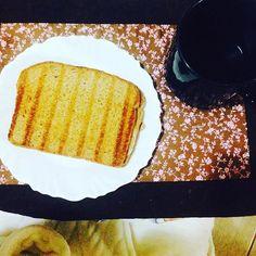 Café da manhã: Pão integral com mussarela  café preto  1 faria de abacaxi. #emagrecimento #saude #vidasaudavel #comerbem #viverbem #fitness #eacolhas #RA #foconadieta #dieta #reeducao #aprenderacomer #receita #fit #fitness #eueliminandopeso #antesedepois #magra #verao #proteina #foco #meta #objetivo #menos5kg #determinacao #determination #focus #fit by projectmenos10kg http://ift.tt/1TZU9nc