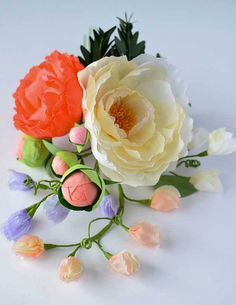 214 Best Realistic Paper Flowers Images Flower Crafts Paper