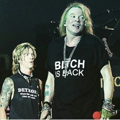 Bitch is back! Guns N Roses, Great Bands, Cool Bands, Axl Rose Now, Axl Rose 2016, Rose Music, Rose Thorns, Velvet Revolver, Duff Mckagan