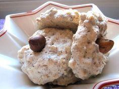 Recipes forTraditional German Christmas Cookies: Vanillekipferl, Hasselnusmakronen, Spitzbuben