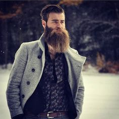 Increase your beard growth and fill in patchy areas with all-natural beard care products formulated to stimulate beard growth. Made in Colorado.