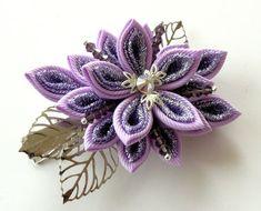 Kanzashi fabric flower hair clip. Orchid kanzashi. Orchid