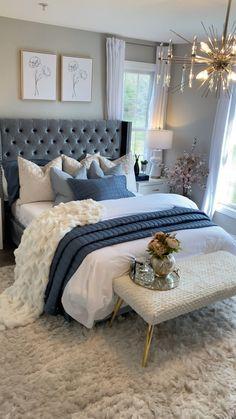 Room Design Bedroom, Room Ideas Bedroom, Home Room Design, Home Decor Bedroom, Home Living Room, Master Bedroom Furniture Ideas, Master Bedroom Color Ideas, Bedroom With Couch, Classy Bedroom Ideas