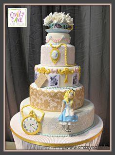 Alice in Cakeland - Cake by Crazy Cake