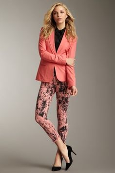 TEXTILE Elizabeth and James Love this look. Patterned skinny jean, simple shirt and colored blazer.
