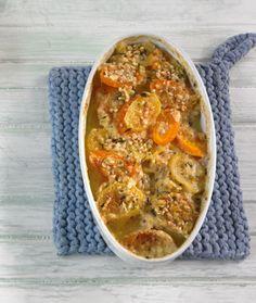 Rezept für Kartoffel-Möhren-Gratin bei Essen und Trinken. Ein Rezept für 2 Personen. Und weitere Rezepte in den Kategorien Brot / Brötchen / Toast, Gemüse, Kartoffeln, Kräuter, Milch + Milchprodukte, Nüsse, Beilage, Auflauf / Überbackenes, Backen, Gratinieren / Überbacken, Kochen, Einfach, Vegetarisch.