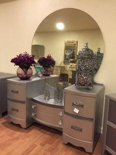 Sold**Beautiful Silver Metallic Waterfall Vanity - *****Now offering Free Shipping****Free Shipping***