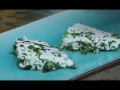 Homemade paneer with herbs and chillies #vegetarian #lowcarb #Proteinrichrecipes #homemadecheese #indiancheese #paneerrecipe #videoblogging #recipe #recipevideo #paneer