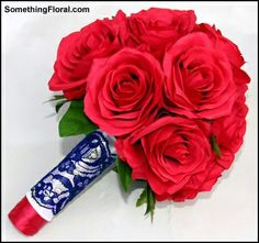 Red rose artificial bouquet