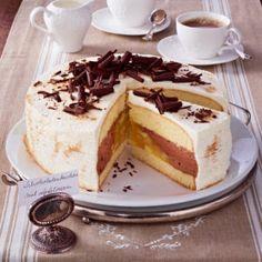 Schokoladenkuchen mit Apfelkern Tiramisu, Ethnic Recipes, Food, Chocolate Cakes, Apple, Essen, Meals, Tiramisu Cake, Yemek