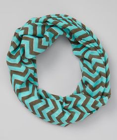 Sweeties will never fret over a nippy neck with this adorable scarf. Featuring a delightful design and a length that's capable of making a lovely loop, it's ready for the cold and always looks charmingly bold.