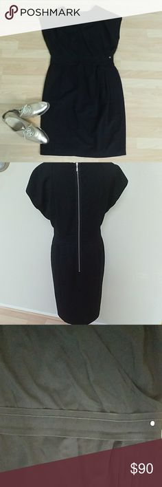 Escada Sport Dress Escada Dress/stylish back zipper. Great for dressing up or down.  Excellent for a golfing or or any other sportijg event when worn with a sporty oxford loafer🏌️♀️ Escada Dresses Midi