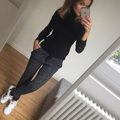 ♡ Tierra Talley ♡ Tierra Talley Source by adidas outfit Sporty Outfits, Mode Outfits, Fashion Outfits, Womens Fashion, Fashion Trends, Look Fashion, Winter Fashion, Feminine Fashion, Pastel Outfit