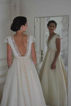 low back, lace, v-neck https://www.facebook.com/margauxtarditscreation -Sophie- photo: Thierry Germain