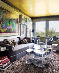 The interior designer fills his family home on Fifth Avenue with an eye-popping array of furnishings, patterns, textures, and a spirited assortment of art | archdigeset.com