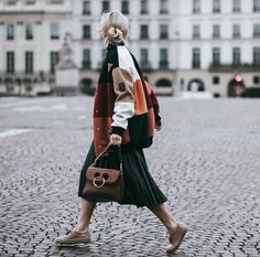 Paris Fashion Week recap happening now on HG🍊 ph Stella Mccartney Sneakers, Dress Like A Parisian, Happily Grey, Maxi Skirt Outfits, Trends, Street Chic, Autumn Fashion, Paris Fashion, Street Fashion