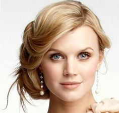 Best Hairstyles for Women with Round Face - UpdateHairstyles.com