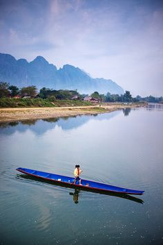 Vang Vieng boat by Poagao on Flickr.