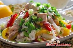 Tasty and healthy chicken salad with sweet pepper