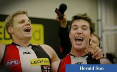 Lenny Hayes & Nick Riewoldt sing oh when the Saints go marching in   St Kilda defeats Fremantle