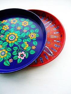 modflowers: vintage trays