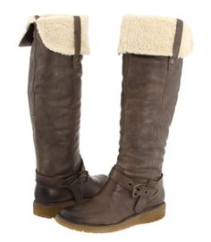 Likin' these winter boots... but wish they were a different shade of brown.
