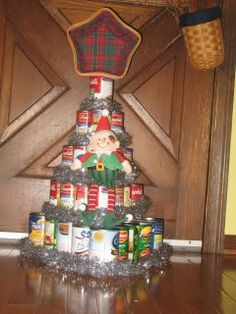 elf on the shelf christmas tree cans