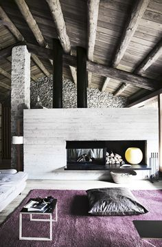 Architect Carlos Nicolau: conversion of an old stone house in the Pyrenees.