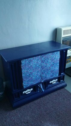 Kitty litter cabinet from old tv