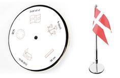 Flagstang 40 cm. fødselsdag/dato/kl/vægt/længde. Forkromet/sølvplet bordflagstang med navn