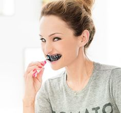 Use Activated Charcoal to Whiten Teeth | Benefits Of Charcoal For Beauty and Health by Pioneer Settler at  http://pioneersettler.com/activated-charcoal-uses/