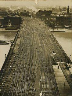 Canon St. Bridge 1923