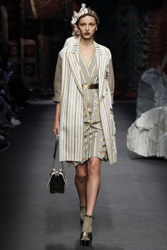 Antonio Marras Spring 2016 Ready-to-Wear Fashion Show
