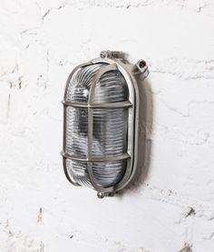 oval bulkhead wall light in forgotten silver   (4)