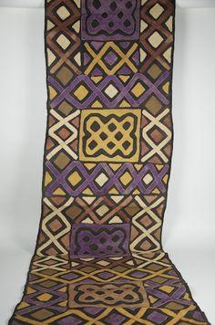 "Gallery-Quality Kente Cloth 26"" x 180"""